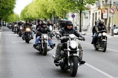 Balandį startuoja motociklų vairuotojų egzaminavimo sezonas