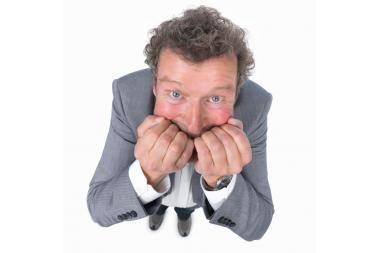 Kaip atsikratyti įpročio kramtyti nagus