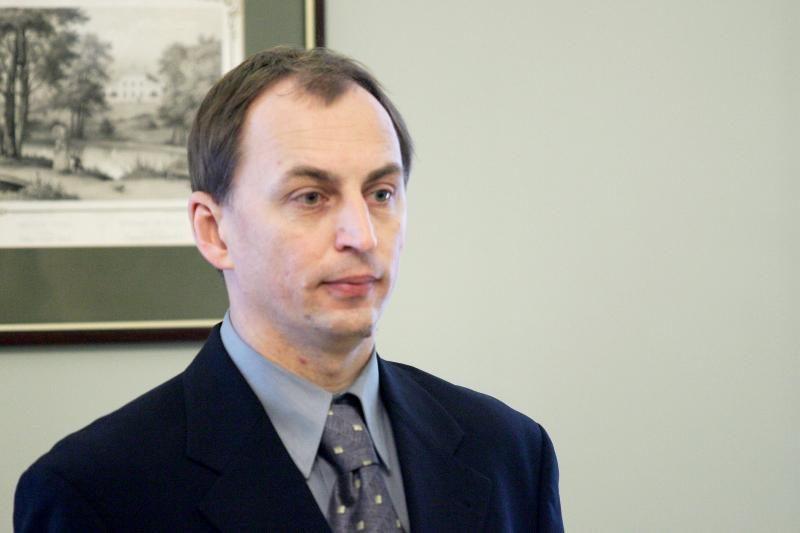 Etikos sargai Ūkio ministerijai liepė įvertinti Ž.Plytniko elgesį