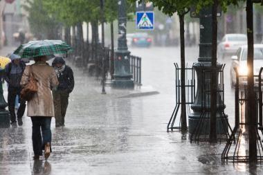 Lietus ir vėjas Vilniaus pagailėjo