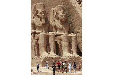 Egipto valdžia pradėjo derėtis dėl turistų išlaisvinimo