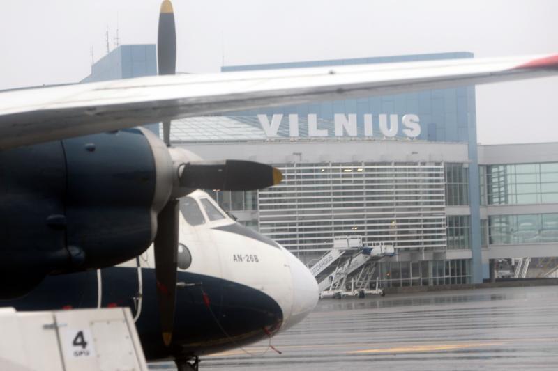 Vilniaus oro uoste atšaukta dalis skrydžių