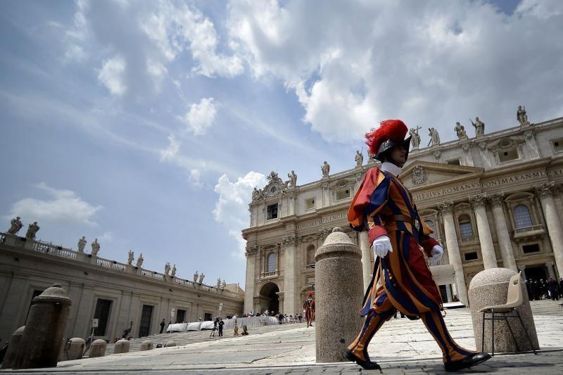 Artėjant konklavai - kardinolo rinkimai internetu ir lažybos