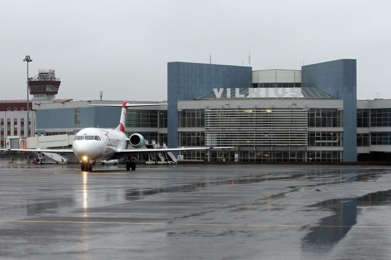 Apie atominę bombą Vilniaus oro uoste pranešę įtariamieji – sulaikyti