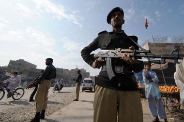 Pakistane mirtininkas pražudė 9 žmones