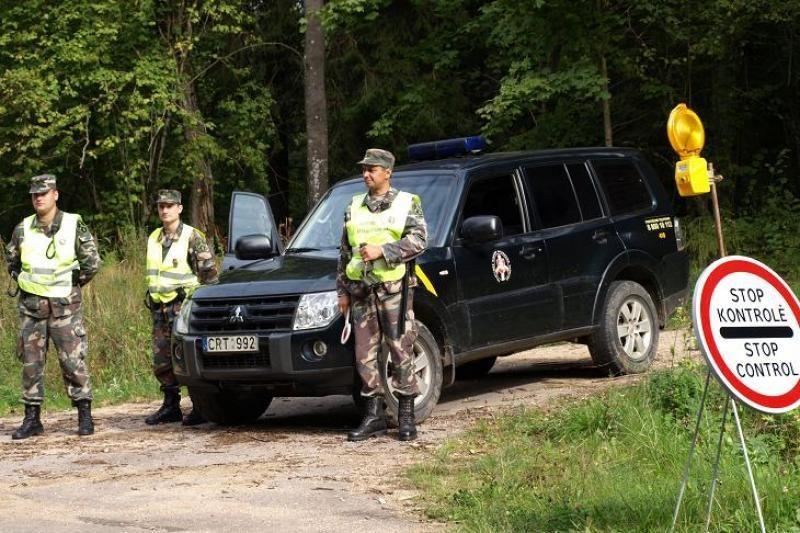 Dramblio kaulo kranto pilietis į Lietuvą važiavo su suklastota viza