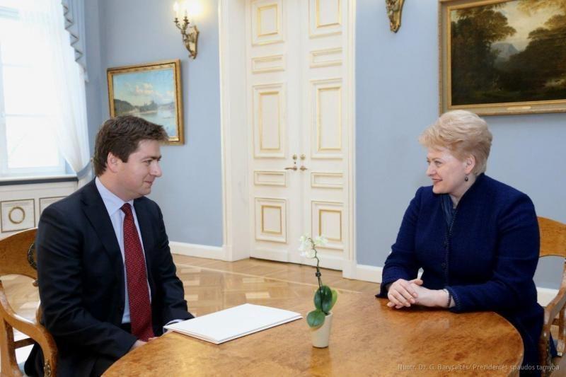 D.Grybauskaitė: Lietuva turi ieškoti specifinių verslo nišų Indijoje