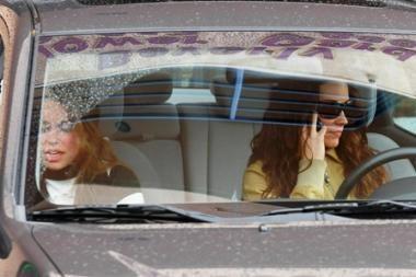 Vairuotojai neatsikrato įpročio kalbėti telefonu