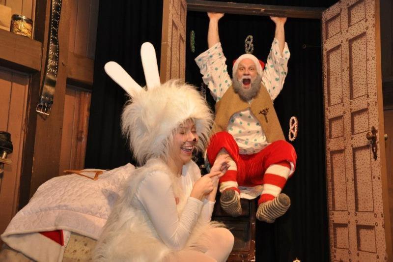 Klaipėdos lėlių teatre įsikūręs Kalėdų Senelis gali sustabdyti laiką