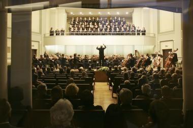 Filharmonijoje koncertuos žymus pianistas E.Minkštimas