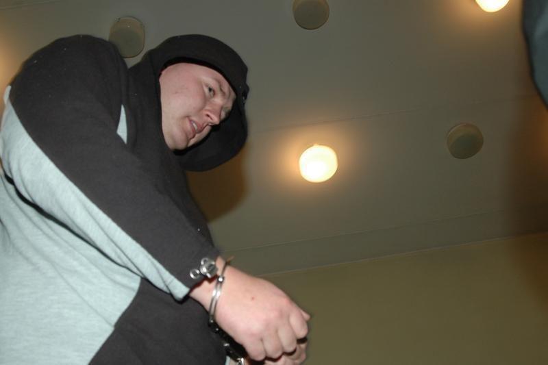 Tris vaikus pražudęs buvęs policininkas S.Paulikas lieka už grotų