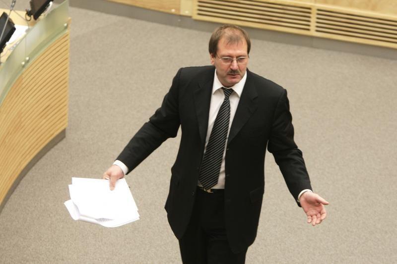 V. Uspaskich: