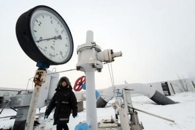 Dujų kranelį Rusija žada atsukti antradienį