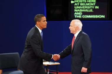 B.Obama po debatų išlaikė persvarą
