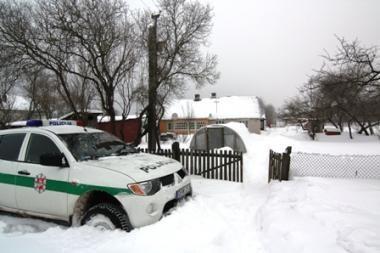 Vilniuje ginkluoti plėšikai įsiveržė į gyvenamąjį namą (papildyta)