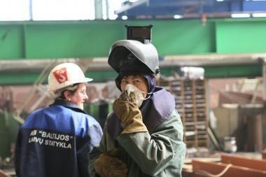 """""""Baltijos"""" laivų statykla stengiasi išsilaikyti be savininkų pagalbos"""