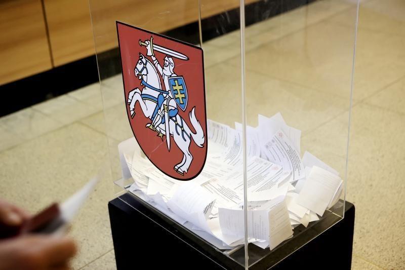 Pajūrio rinkimų apygardoje perskaičiuojami rinkėjų balsai