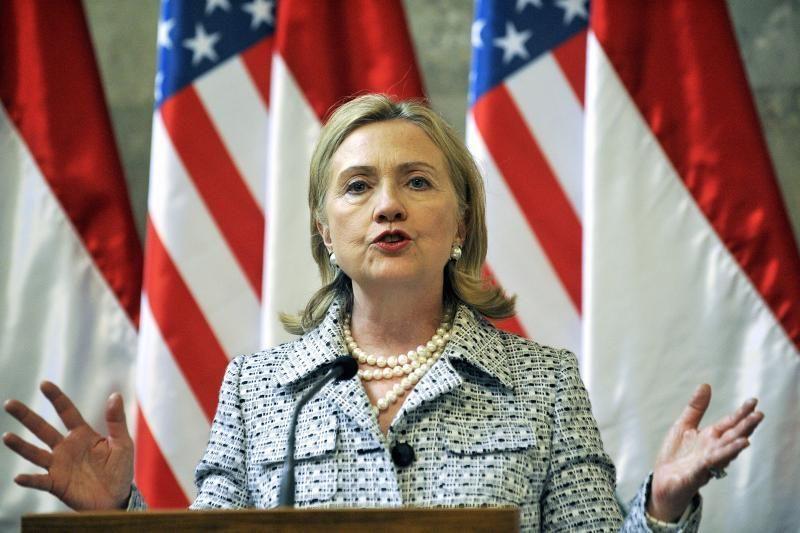 H.Clinton ir S.Lavrovas į Vilnių atskris pirmadienio vakarą