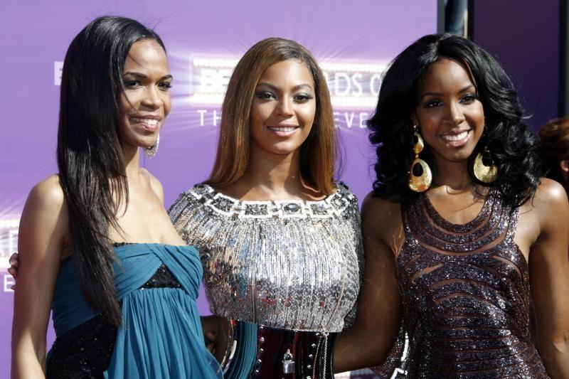 """Beyonce paskelbė apie naują """"Destiny's Child"""" dainą"""