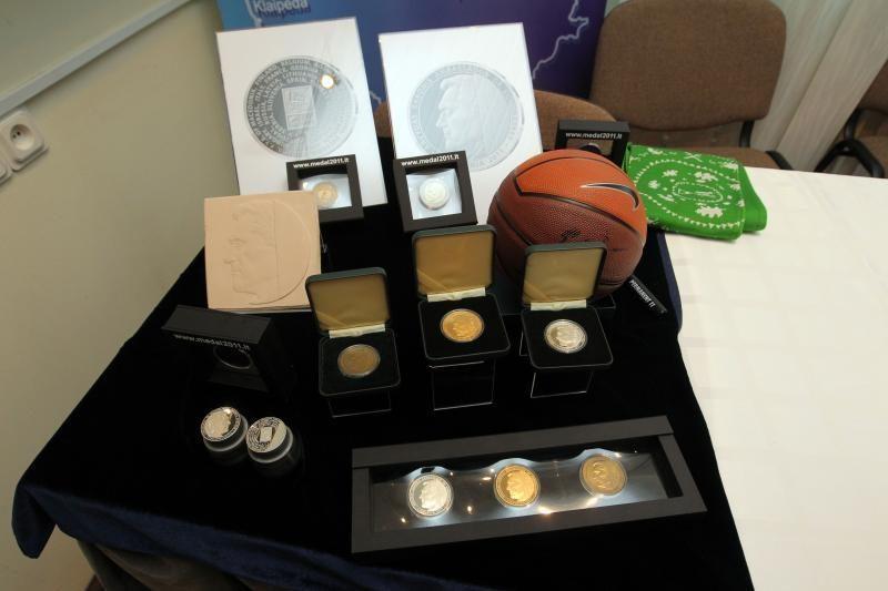 Krepšininkams - kolekcinės aukso monetos