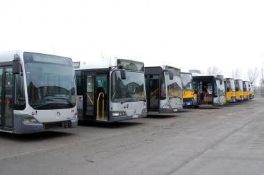 Vasarą kursuos mažiau autobusų ir troleibusų