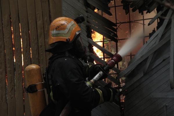Panevėžio, Radviliškio rajonuose ir Vilniuje padegti trys pastatai