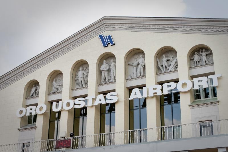 Vilniaus oro uoste turėjęs leistis lėktuvas nukreiptas į Minską