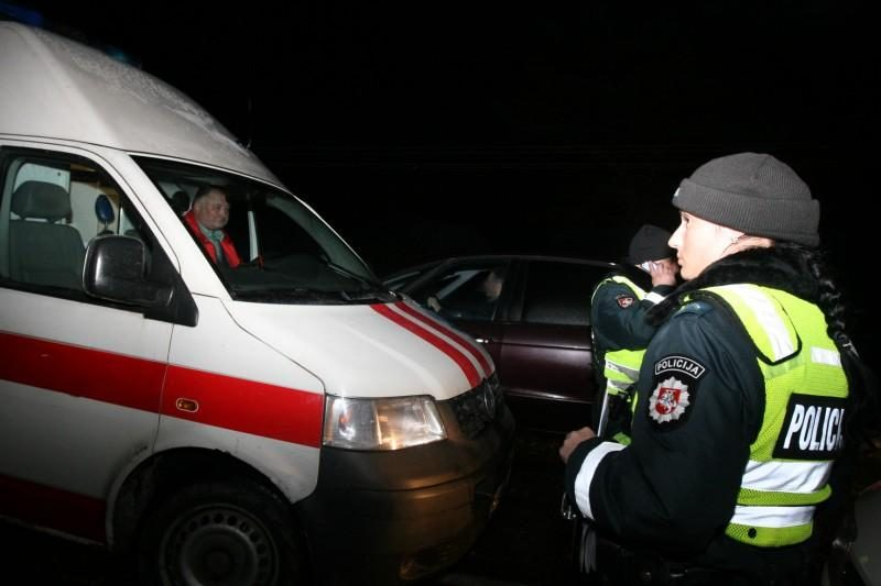 Vilniuje per trijų automobilių avariją sužeistas vyras