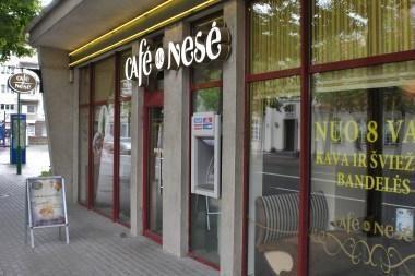 """""""Cafe de Nesė"""" ir lošimų salonas iš centro keliasi į """"Akropolį"""""""