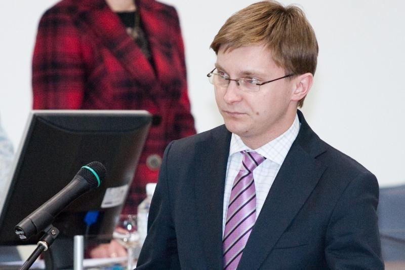 Seimo komisijos vadovas į Baltarusiją išvyko negavęs valdybos leidimo