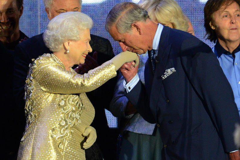 Karalienė deimantinio jubiliejaus iškilmes užbaigs kalba šaliai