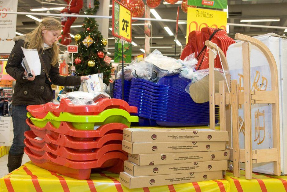 Pirkėjai šlavė žiemos prekes
