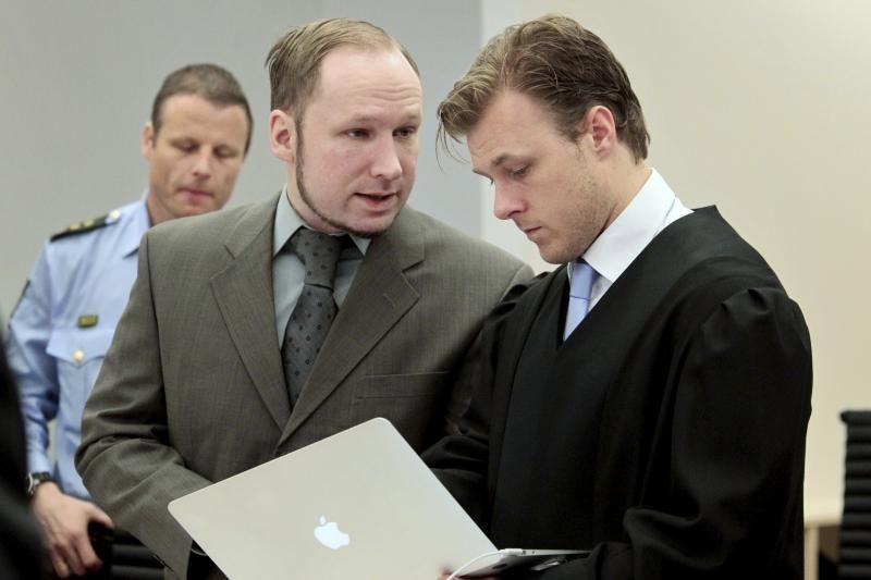 Oslo teisme pradėjo liudyti išgyvenusios A.B.Breiviko aukos
