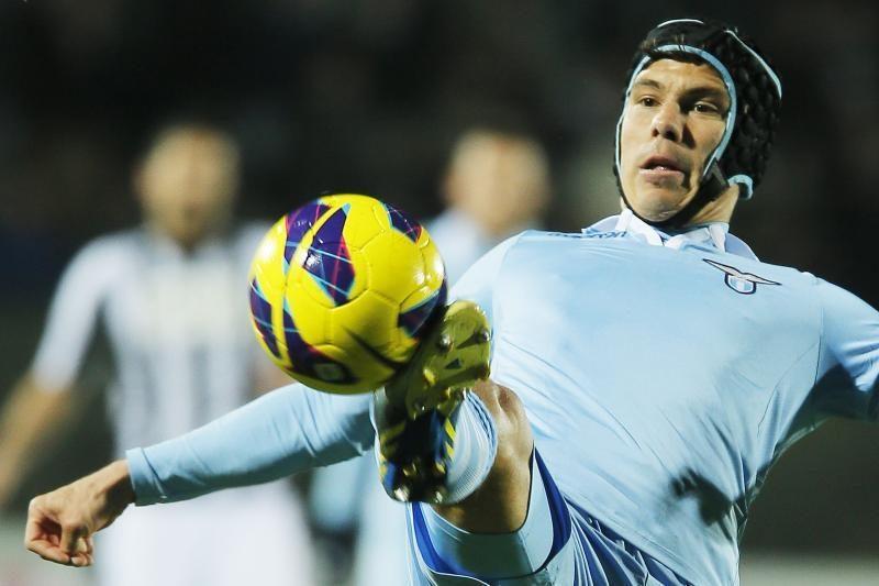 """Čempionų lygos ambicijų turintis """"Lazio"""" sutriuškintas autsaiderių"""