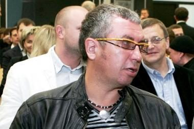 Prodiuserio G.Daugėlos byloje liudijo sumuštas policininkas