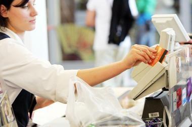 Rugsėjį prekės ir paslaugos brango nežymiai