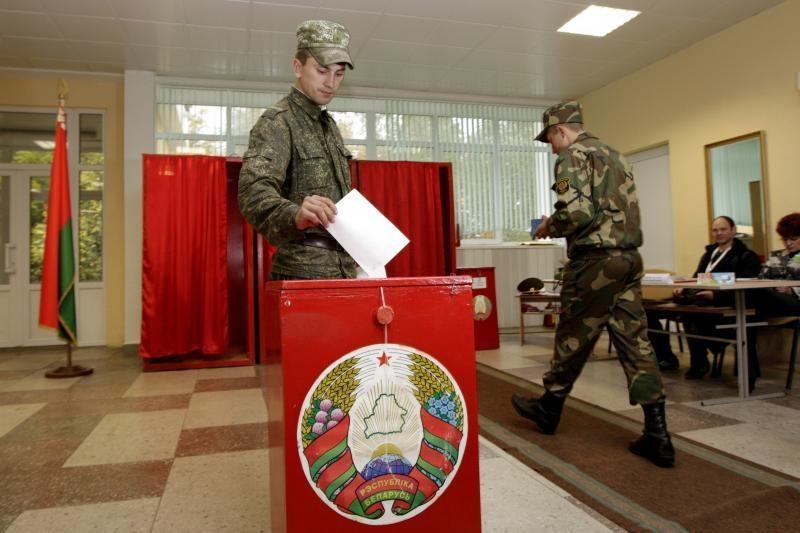 Baltarusijoje opozicija ragina eiti grybauti, o ne balsuoti