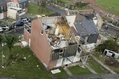 Prancūziją užklupo mirtinas tornadas (video, nuotr.)