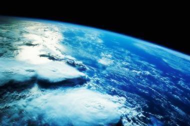 """Žemės atmosferoje – """"kosminiai drebėjimai"""""""