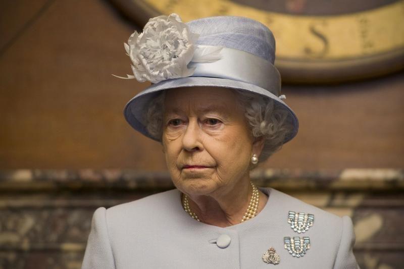 Britanijos karalienė motina buvo prancūzės virėjos dukra