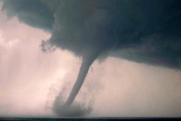 JAV tornadas nušlavė skautų stovyklą