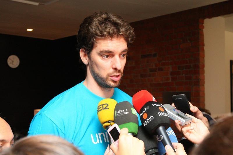 """Broliai Gasoliai neįvykus NBA sezonui tikrai žaistų """"Barcelonoje"""""""