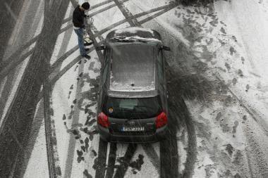 Daugiausia sniego - Tauragėje, sinoptikai prognozuoja plikledį