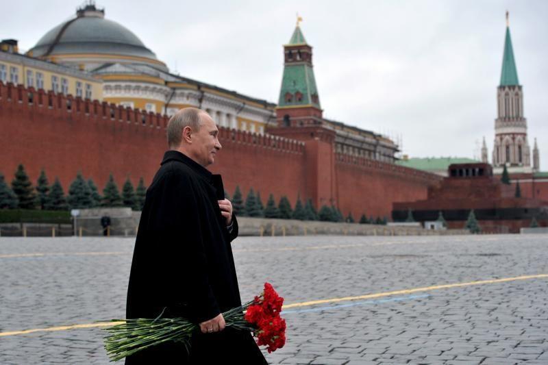Kremliaus žmogaus teisių komisija kritikuoja NVO patikrinimus