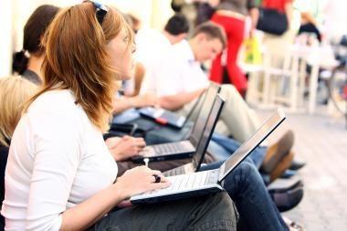 Kurie bankai studentams pateikė geriausias sąlygas lengvatinėms paskoloms?