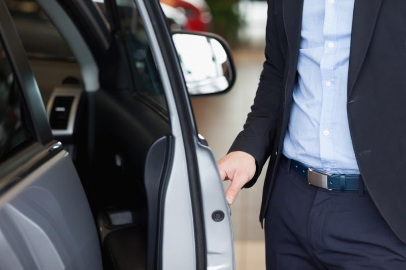Automobilio stiklų tamsinimas baigsis teistumu