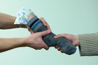 Kitąmet svarbiausių valdžios institucijų finansavimas mažėja simboliškai