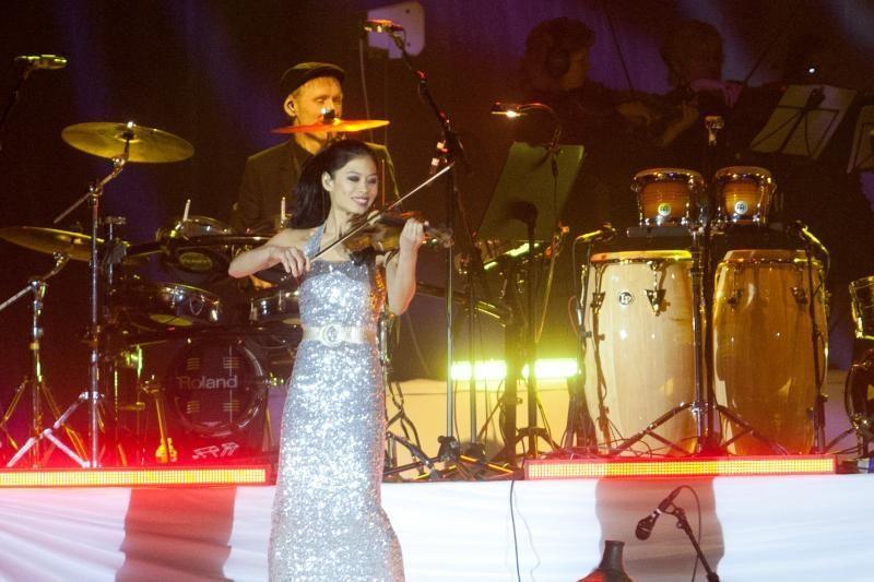 Per koncertą Vilniuje V. Mae prabilo lietuviškai (foto)