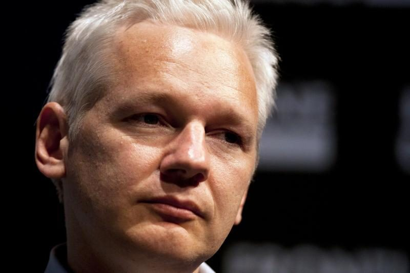 J.Assange'as bandys patekti į Australijos parlamentą