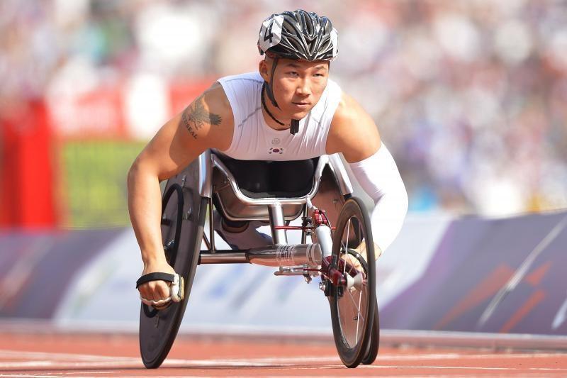 Naujausios technologijos parolimpiečiams - triumfas prieš negalią